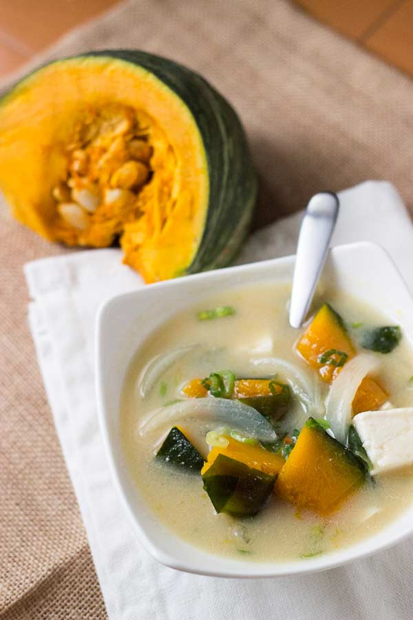 Chunky Pumpkin Miso Soup with Tofu - Move aside Ramen, this homemade miso recipe is ready to warm you up. The benefits of miso are HUGE. Don't miss out on these benefits with nutrient filled ingredients like pumpkin, tofu and of course - DASHI! Pescatarian. | wandercooks.com