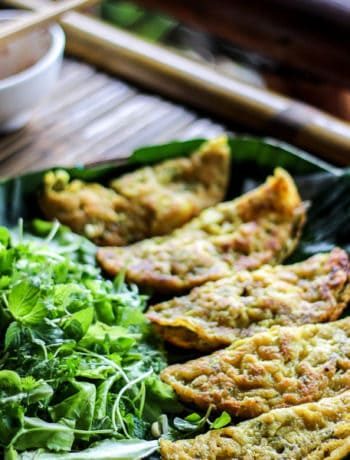 Vietnamese Crispy Rice Flour Pancakes (Banh Xeo) - Crispy, crunchy and golden brown… It's flipping time to make these Banh Xeo already! | wandercooks.com