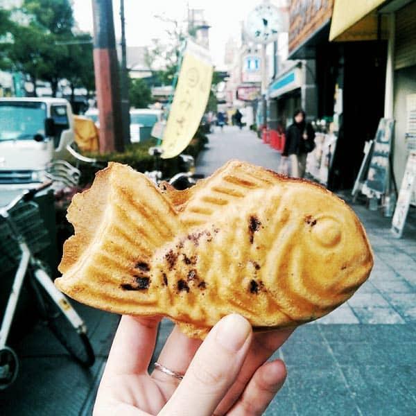 Yaki Is The New Yum In Osaka - Japanese Taiyaki in Fukushima, Osaka, Japan. | wandercooks.com