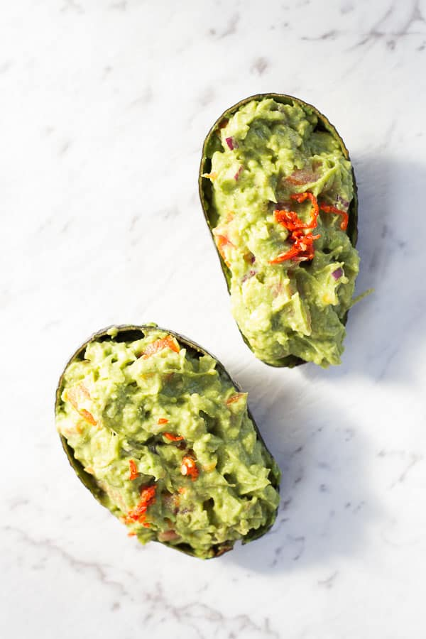 Spicy Asian Inspired Guacamole - This Burmese dish is the CREAMIEST dip you could ask for. A healthy lunchtime treat just waiting to spice up your life.