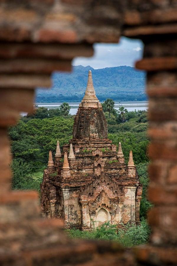 Burmese Semolina Cake - The temples in Bagan, Myanmar. | wandercooks.com