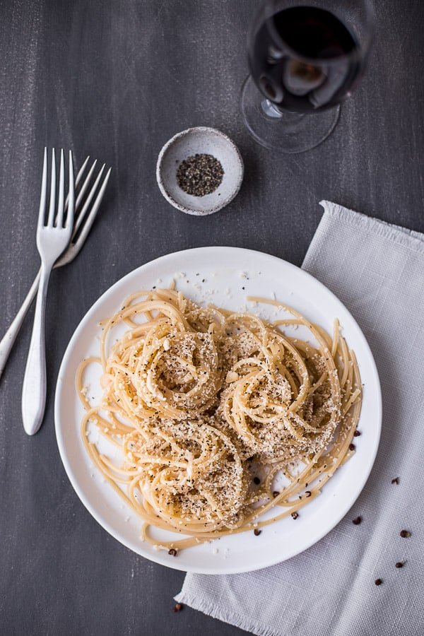 4 Ingredient Cacio e Pepe Spaghetti - Like mac & cheese for adults, this is the cheesy pepper pasta you need for a quick, elegant mid-week dinner. So. Good. Vegetarian.   wandercooks.com