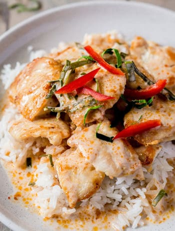 Plate of Choo Chee Chicken Curry on rice.