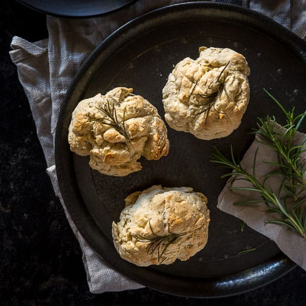 Mini Australian Damper Recipe with Rosemary - This bread is the perfect side dish for a hearty soup, stew or pasta. | wandercooks.com